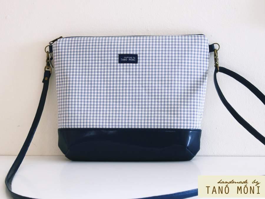 NATURE BAG közepes táska kék kockás sötétkék aljjal