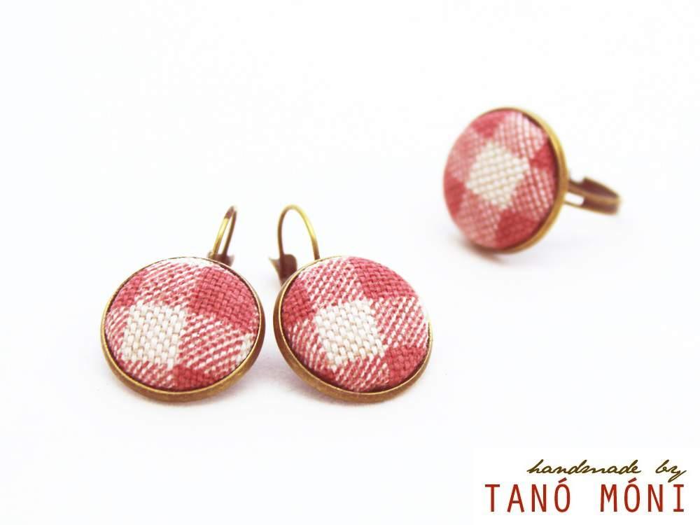 ÉKSZER SZETT fülbevaló gyűrű piros kockás (új)